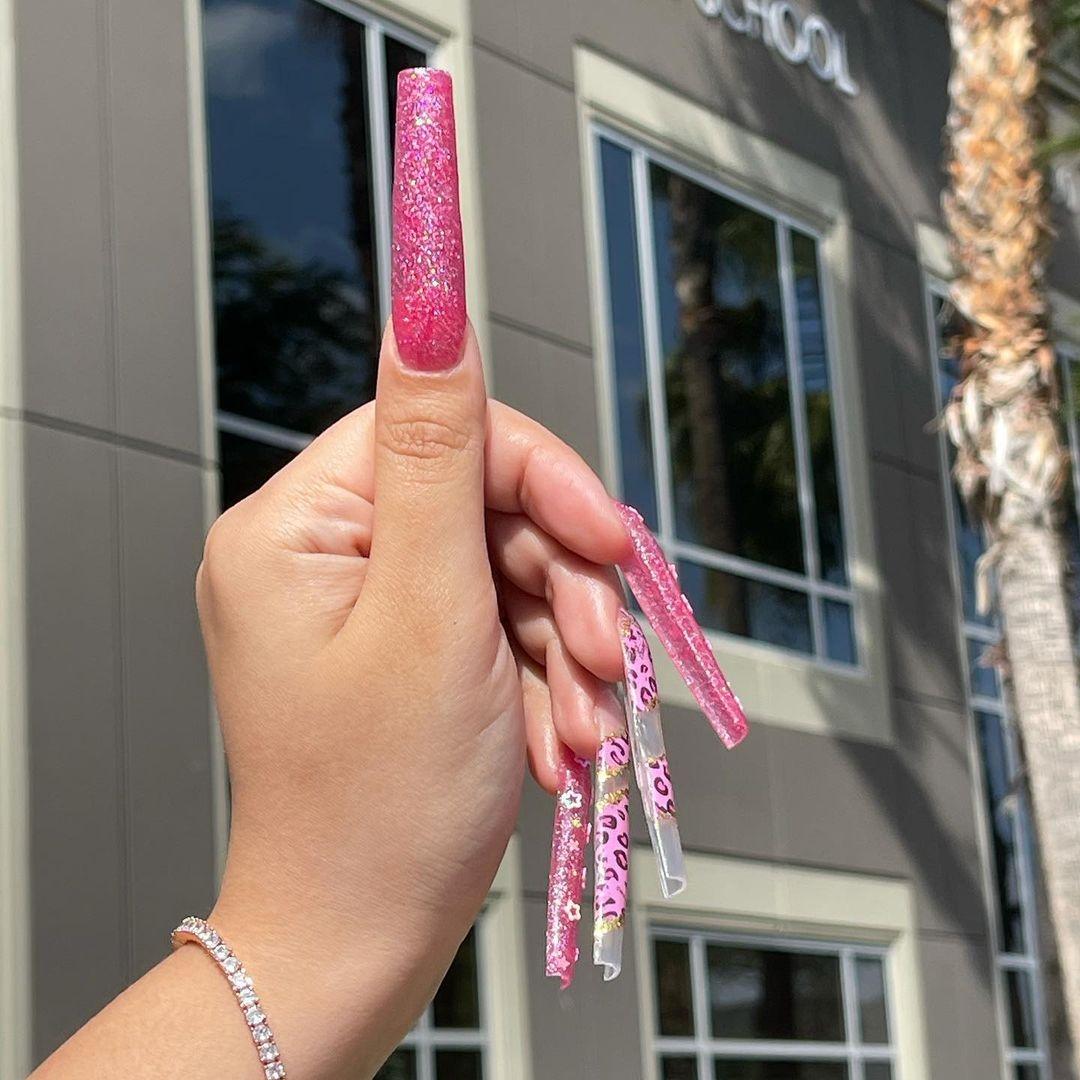 Hình ảnh bộ nails dài extra extra long stiletto tips cực đẹp tháng 5 2020